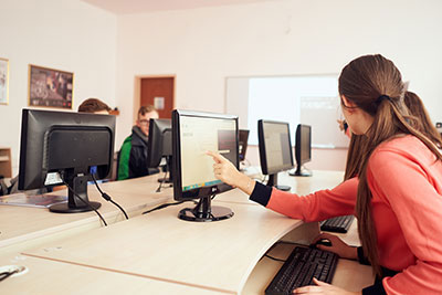 zenica_campuses_facilities_computers2